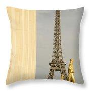 Eiffel Tour Paris Throw Pillow