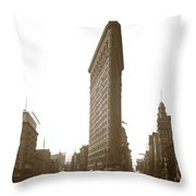 Flatiron Building New York City Circa 1904 Throw Pillow