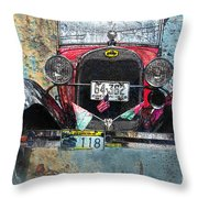Ford Model A 1928 Oldtimer Throw Pillow