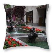 Fountain At Rockefeller Center Nyc Throw Pillow