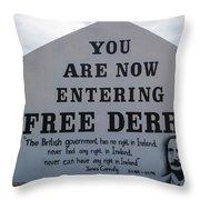 Free Derry Corner, Republican Political Throw Pillow