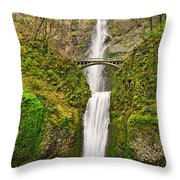 Full View Of Multnomah Falls In The Columbia River Gorge Of Oregon Throw Pillow