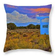 Gateway To The West Throw Pillow