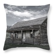 Ghost Town Homestead - Montana Throw Pillow