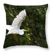 Great White Egret Flying 1 Throw Pillow