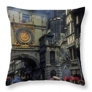 Gros-horloge Throw Pillow