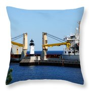 Han Xin Ship Throw Pillow