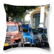 Havana 21 Throw Pillow