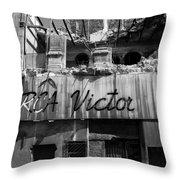 Havana 9d Throw Pillow