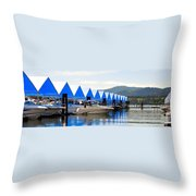 Heading Out 6777 Throw Pillow