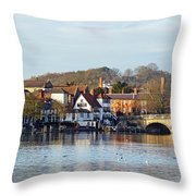 Henley-on-thames Throw Pillow