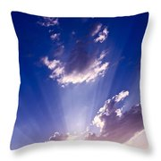 His Glory 2 Throw Pillow