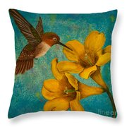 Hummingbird With Yellow Jasmine Throw Pillow