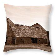 Idaho Falls - Vintage Barn Throw Pillow