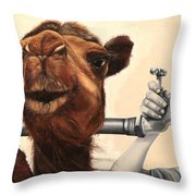Il Cammello E Il Rubinetto Throw Pillow