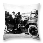 Inuits In Car, C1906 Throw Pillow