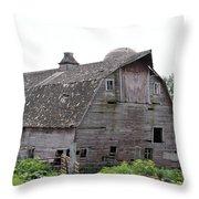 Iowa Barn 7414 Throw Pillow