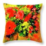 J'aime Le Bouquet Throw Pillow