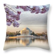 Jefferson Memorial In The Early Morning Throw Pillow