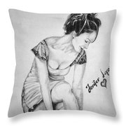 Jeniffer Lopez Throw Pillow