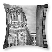 Jewelers' Building - 35 East Wacker Chicago Throw Pillow