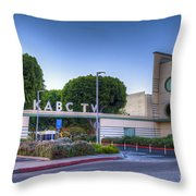 Kabc 7 Studio Burbank Glendale Ca Throw Pillow