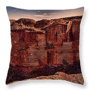 Kings Canyon V13 Throw Pillow