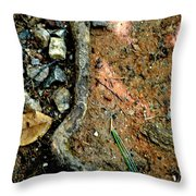 L Throw Pillow