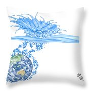 Le Toilette Throw Pillow