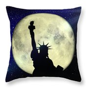 Lady Liberty Nyc - Featured In Comfortable Art Group Throw Pillow
