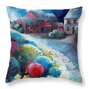 L'arbre Rouge Throw Pillow
