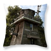 Leal Tank House Throw Pillow