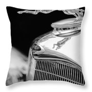 Lincoln Hood Ornament - Grille Emblem -1187bw Throw Pillow