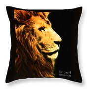 Lion Paint 2 Throw Pillow