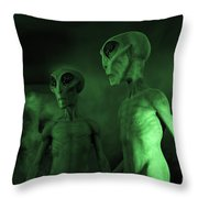 Aliens And Ufo 6 Throw Pillow