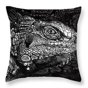 Lizard Profile Throw Pillow