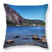Llyn Cwellyn Throw Pillow