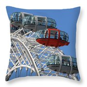 London Eye 5339 Throw Pillow