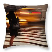 Looking For A Taxi - Rush Hour New York Throw Pillow