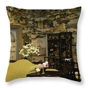 Lovely Room At Winterthur Gardens Throw Pillow