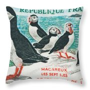 Macareux Seven Islands Conservation Throw Pillow