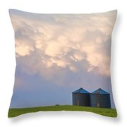 Mammatus Country Landscape Throw Pillow
