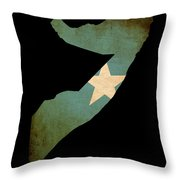 Map Outline Of Somalia With Flag Grunge Paper Effect Throw Pillow