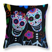 Matrimonio Dia De Los Muertos Throw Pillow