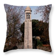 Mayflower Memorial Southampton England Throw Pillow