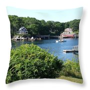 Round Pond Scene Throw Pillow