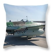 Me262 Throw Pillow