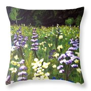 Medow Throw Pillow