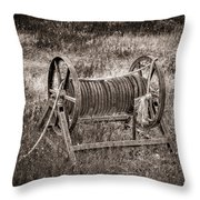 Metal Frame Rope Spindle 1 Throw Pillow