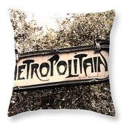 Metropolitain Throw Pillow